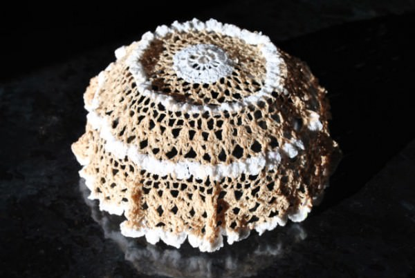 Crochet Doily Bowls in fabric diy  with doily Crochet Craft Bowls