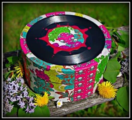 Vinyl hatbox