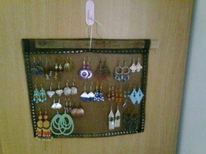 Mosquito mesh earring screen