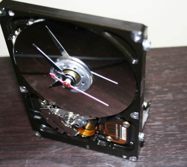 Recycled Computer Hard Drive Into Desk Clock Recycled Electronic Waste