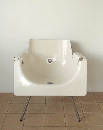 What to do with an old bath ?
