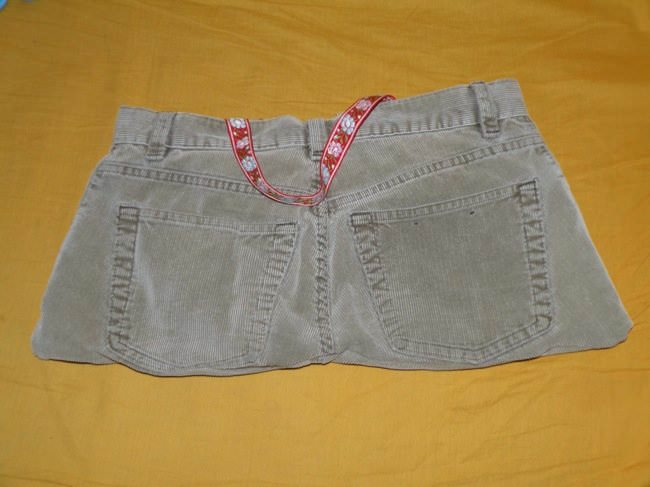 What to Do with Old Pair of Pants ? Do-It-Yourself Ideas