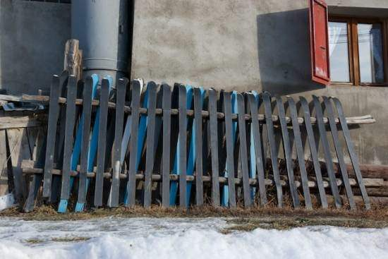 Barrier with Skis Do-It-Yourself Ideas