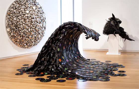 The sound wave in vinyl records art  with Vinyls Sculpture