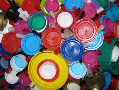 Plastic lid sphere