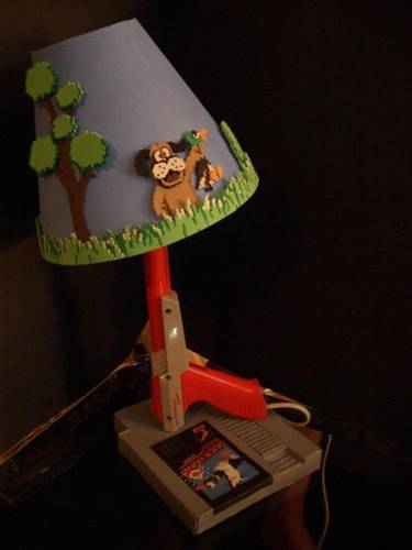 Duck Hunt NES zapper lamp