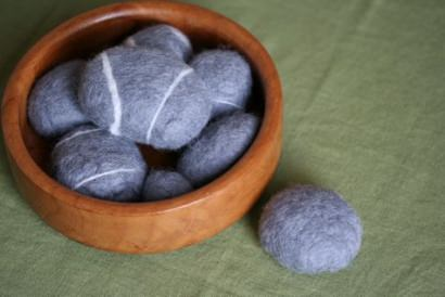DIY : felted rocks