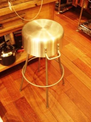 Pot kitchen stool