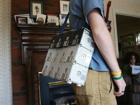 Diy : Floppy Disk Bag Do-It-Yourself Ideas Recycled Electronic Waste