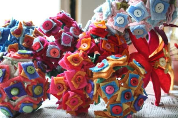 Wool Flowers Do-It-Yourself Ideas Recycled Art Recycled Furniture
