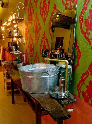 tin-bucket-sink-basin