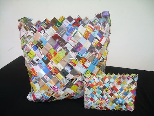 Accessories Made Out Of Upcycled Magazine Accessories Recycling Paper & Books