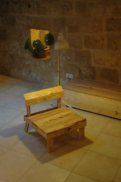 DIY Pallet Furniture Do-It-Yourself Ideas Recycled Furniture Recycled Pallets Wood & Organic