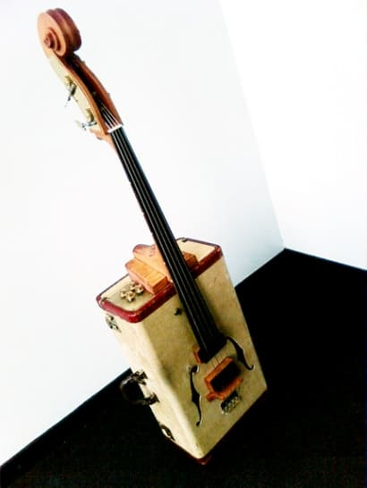 Vintage suitcase into Upright bass