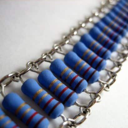 Electronic jewelry
