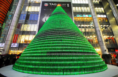 1000 beer bottles Christmas tree in packagings glass  with Tree Christmas Bottle Beer