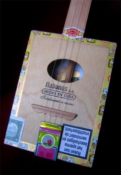 CigarBox Ukulele