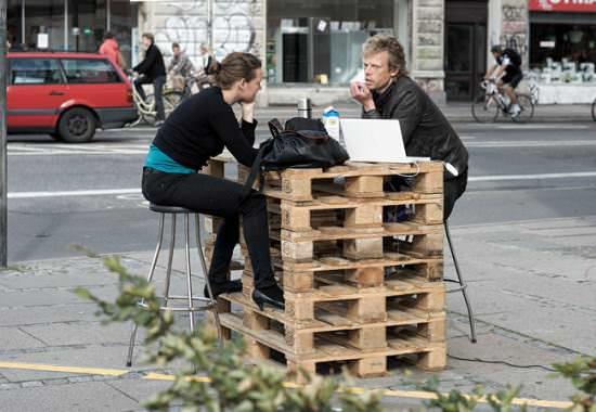Free advice + coffee Interactive, Happening & Street Art