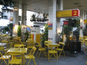 Gas station &#8211;> restaurant
