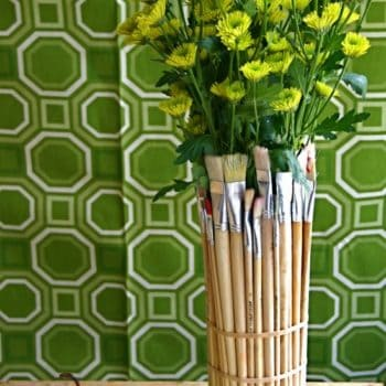 Upcycled Paint Brushes Into Vase