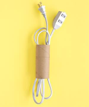 DIY: Toilet Paper Roll Into Extension Cord Roll