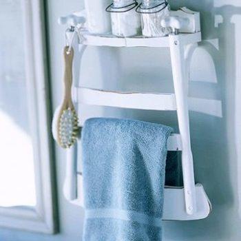 DIY: Bathroom Shelf From Old Chair