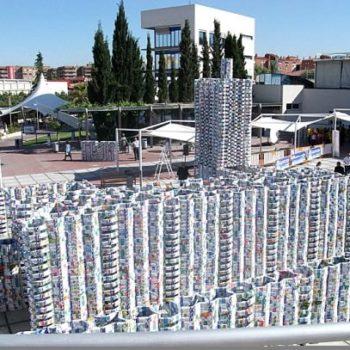 50 000 milk cartons castle (Guinness world record)