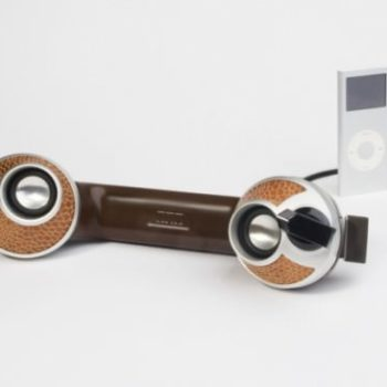 Dreyfus phones -->stereo speakers for MP3 players