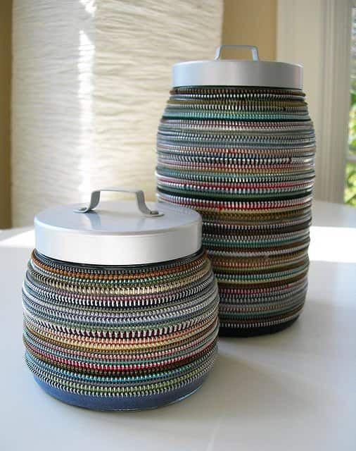 Vintage Decor Made From Discarded Zipper's Accessories Recycling Metal