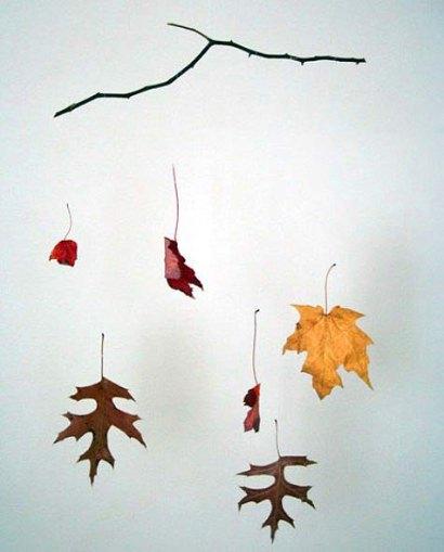 DIY: Leaf mobile