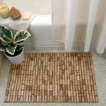 DIY : wine cork –> bath mat