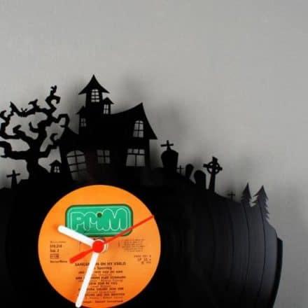 Vinyl clocks