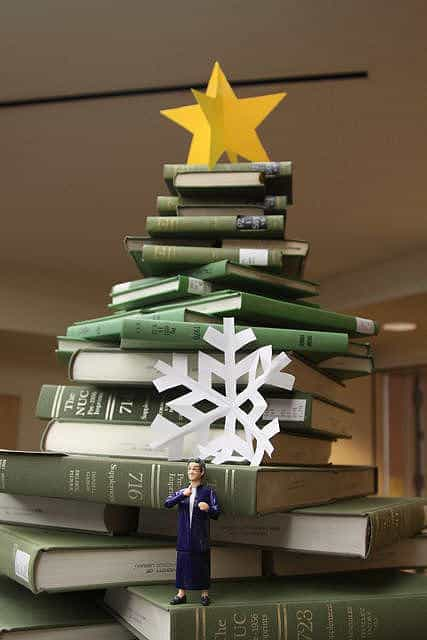 Book christmas tree in social paper diy  with Tree Christmas Books