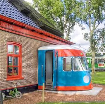 Train bed & breakfast