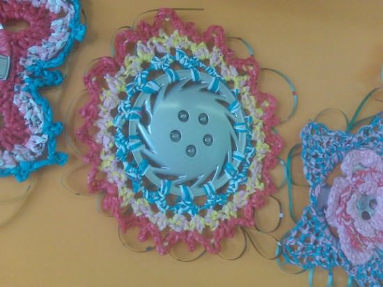 kornblum reDiscover circle Hubcaps crocheting in plastics metals diy  with Crochet Automotive