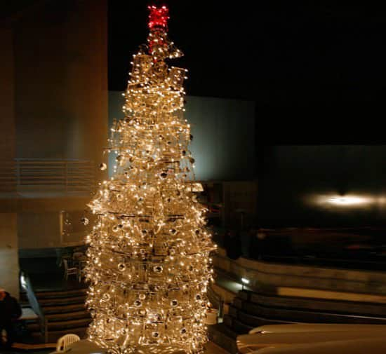 Christmas Tree From Upcycled Shopping Carts Interactive, Happening & Street Art