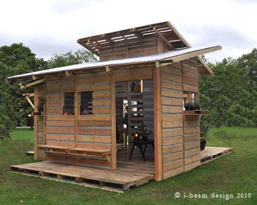 I-Beam Design Pallet House Home Improvement Recycled Pallets
