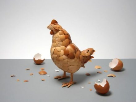Eggshell sculpture : what came first ?