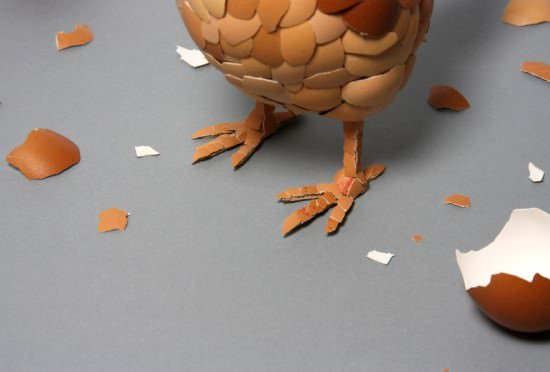 eggshell chicken3 Eggshell sculpture : what came first ?