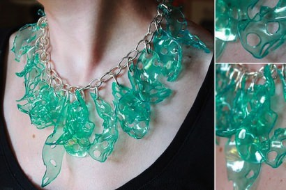 DIY : Candy necklace from Plastic cups