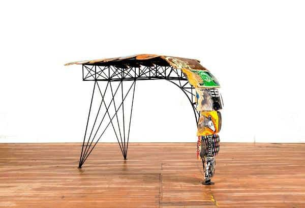 Design skateboards furnitures in furniture sport goods  with upcycled furniture Table Skateboard Seat deck