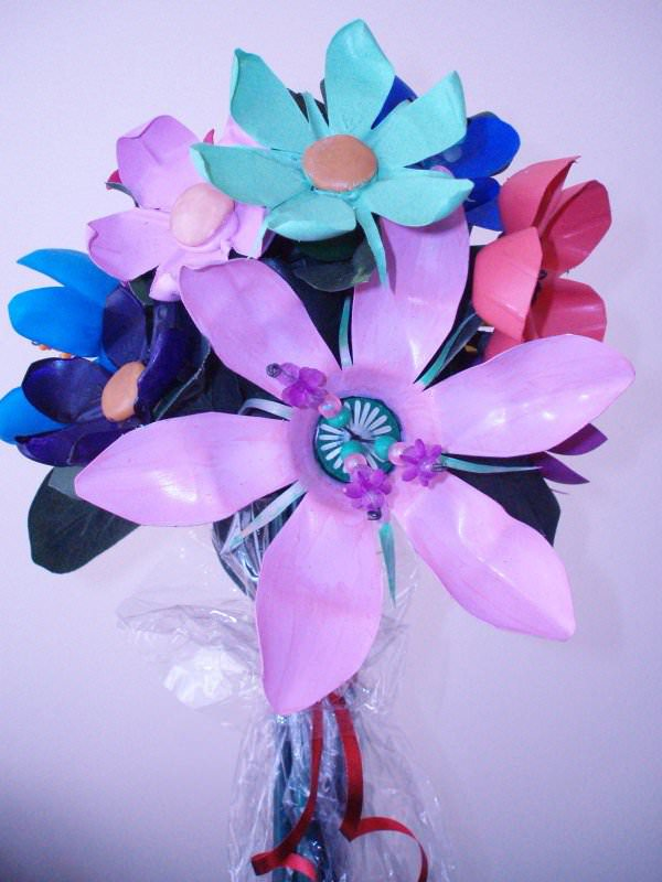 Upcycled Plastic Pop & Water Bottles Into Beautiful Flower Bouquets Accessories Recycled Plastic