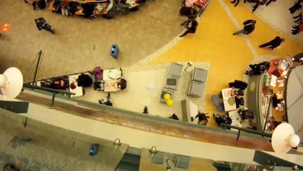 Recycling Flashmob Interactive, Happening & Street Art