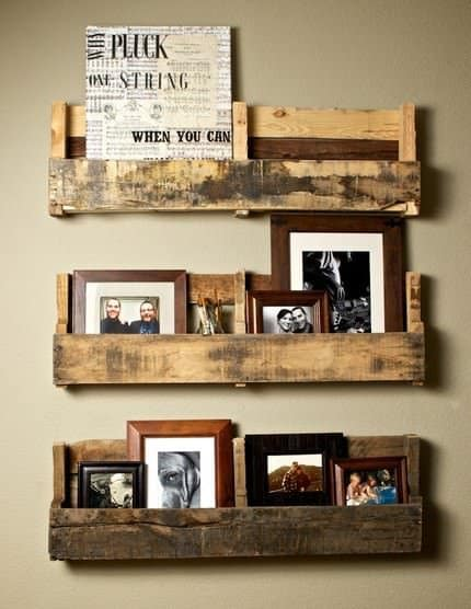 pallet shelves Pallet  > Shelves in wood pallets 2 furniture diy  with Shelves Pallets