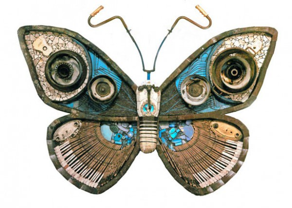 Butterfly of the trash in metals art  with Wires Sculpture china Cans butterfly