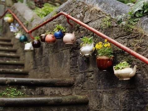 Teapots flowers in wood diy  with Garden Flowers