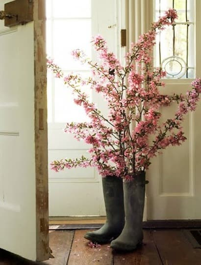 Boots of flowers