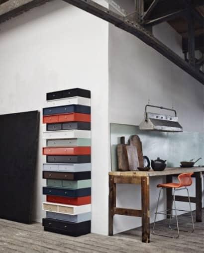 Column of drawers