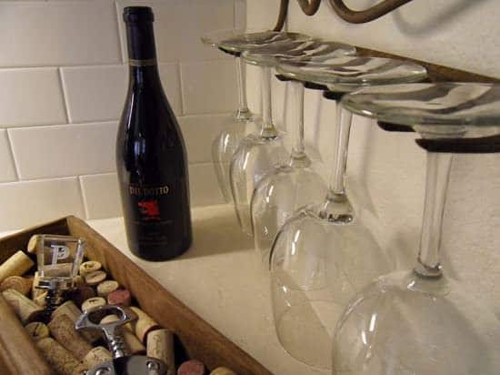 Wineoclock in metals accessories  with Wine Glass Decoration