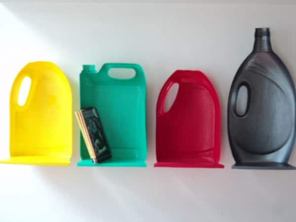 bidon 1 Plastic jug shelves in plastics packagings accessories  with Shelves Reused